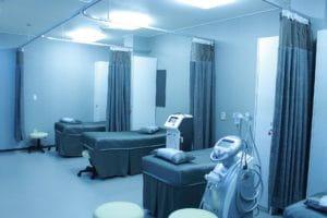 C'est une salle d'hôpital.