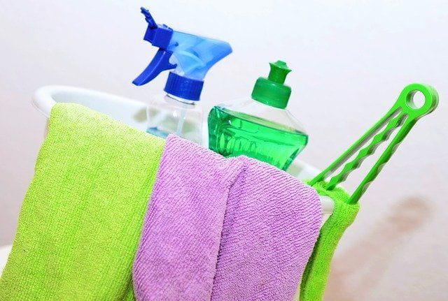 Equipement d'une agence de nettoyage.