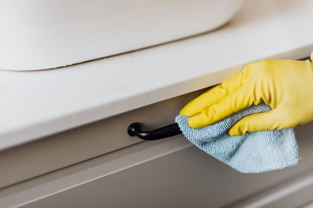 Nettoyage de poignée de tiroir